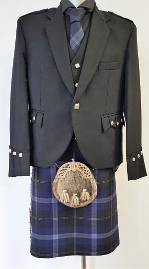 Ready Made: Passion Of Scotland Platinum 8 yard Kilt Full Package Offer