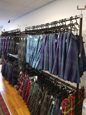 6 Yard Bulk Buy Passion Of Scotland Purple Kilt £159